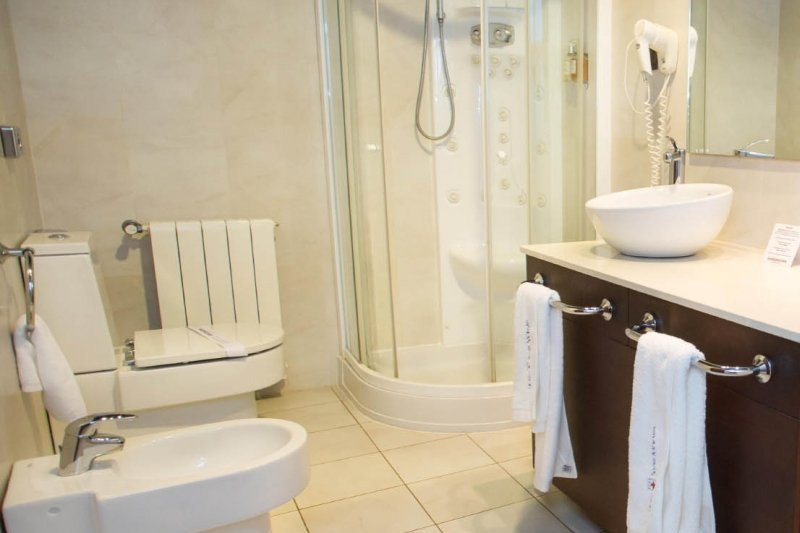 bathroom swiss hotel moraira